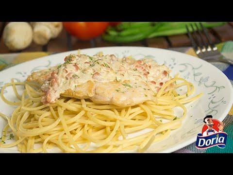 Spaghetti Huevo Doria a la carbonara con pollo