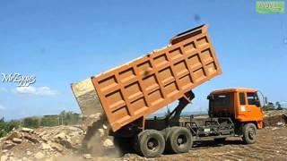 Dump Truck Mitsubishi Fuso 220PS Unloading Rocks