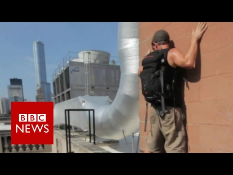 Photographing the abandoned - BBC News