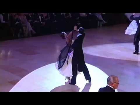 Blackpool 2010 Ballroom Dancing Pro Final - Tango