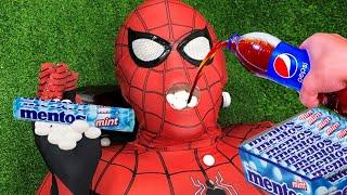 Spider Man Vs Pepsi and Mentos  _ イダーマン
