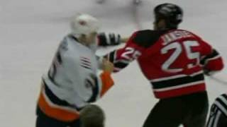 Arron Asham vs Cam Janssen Feb 11, 2006 - FSNY feed