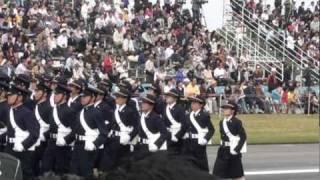 平成22年度自衛隊観閲式典3.超かっこいいです。女性自衛官行進!! thumbnail