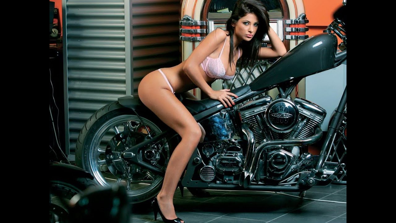 Woman on harley naked