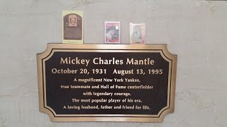Mickey Mantle #7 Grave site