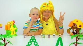 Видео для детей. ЮХУ и Летний лагерь - Игрушки Сюрпризы. Как вести себя в лифте?