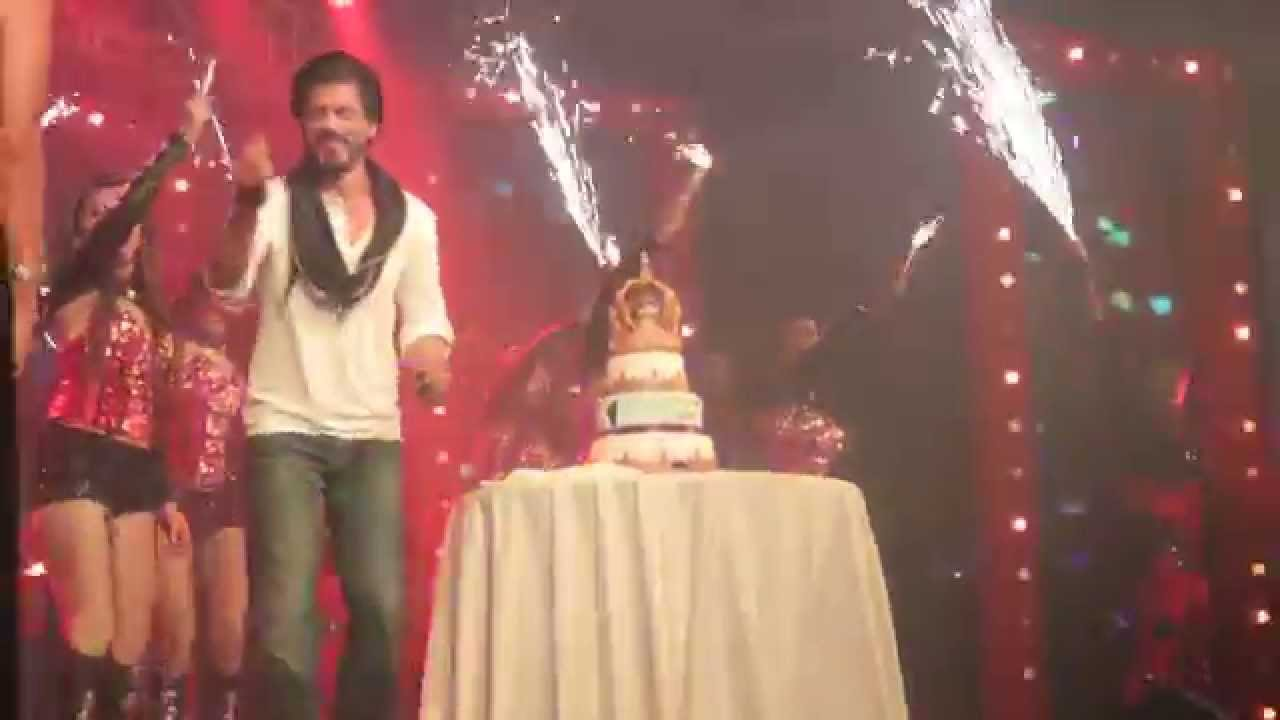 Khans 50th Birthday Cake  Taj Land End  SRK Birthday  King Khan ...