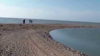 Должанская коса 2015 Азовское море(Как выглядит коса Долгая в мае 2015. Еще больше фото и видео в группе ВК: https://vk.com/na_kosu ОК: http://ok.ru/na.kosu Так же..., 2015-05-06T07:44:55.000Z)