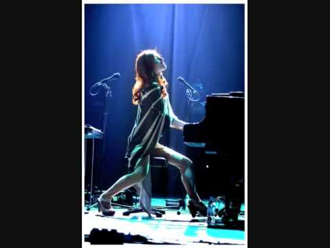 Tori Amos - Professional Widow (Live & Uncensored)