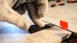 видео Напольная плитка Керама Марацци - идеальный вариант для кухни и ванны