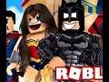 День супергероев в Roblox.