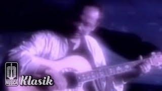 Ebiet G Ade - Aku Ingin Pulang (Official Karaoke Video)