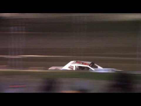 Hummingbird Speedway (6-3-17): Sunny 106.5 FM Pure Stock Feature