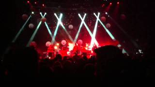 Mumford & Sons - Thistle & Weeds Live @ Bell Center in Montreal