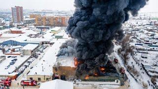 Чудовищный пожар в Красноярске. Внутри находятся люди