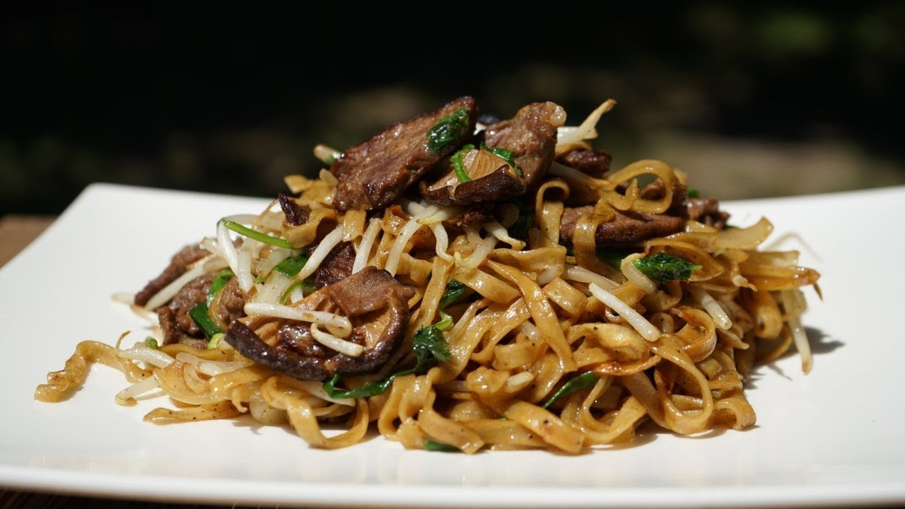 Chinese Beef Noodles Stir Fry Chow Mein Morgane Recipes Youtube