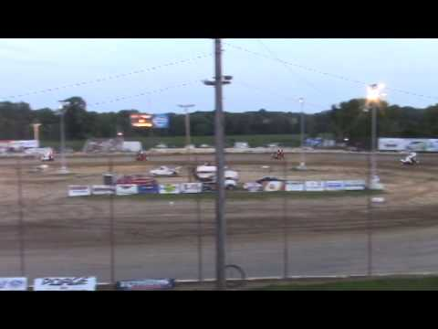 Winged Sprint Car @ Quincy Raceways 6-29-14