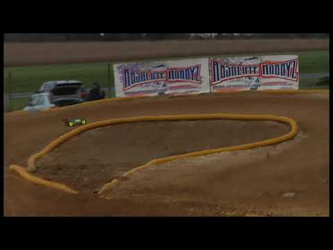 E-Buggy Amain Wall RC Turkey Race at Trains and Lanes November 19 2017