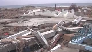 Download Kondisi Makam Syiah Kuala, 3 hari setelah tsunami Aceh (29 Desember 2004) Mp3