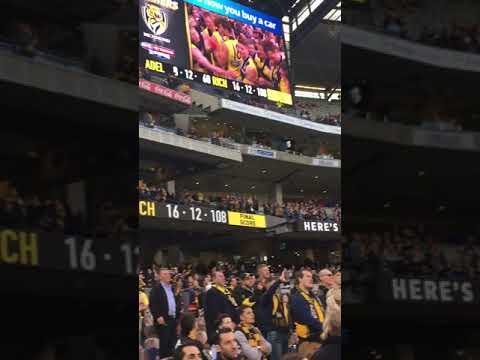 Richmond sing the song after winning the premiership 2017