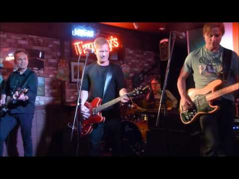 QUEEN DOUBLE SHOT PERFORMED BY TOM BARLOW AND THE METEORS FROM TIMOTHY'S PUB
