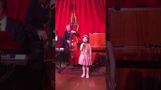 "Стефания Шифрина, 4 года - Live в джаз-баре ""48 Стульев"" - Moon River"