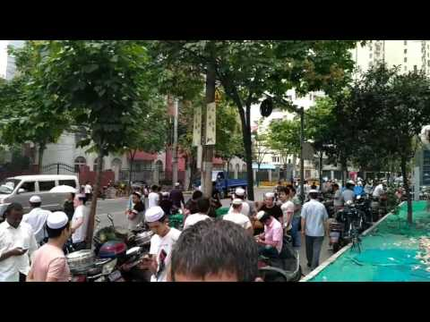 Ramadan 2017 en Chine. My Travel in China. Plus de 358047 Muslims. Djaydey加艺得Geant Child Comoros.