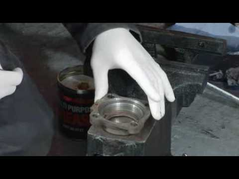 How to remove and refit the rear hub seal on your VW (2/3)