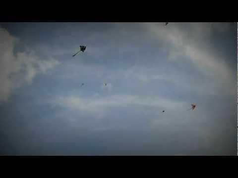 layang-layang terbang melayang @ kepong