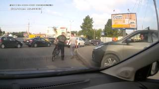 People using the sidewalk to cut traffic in Russia
