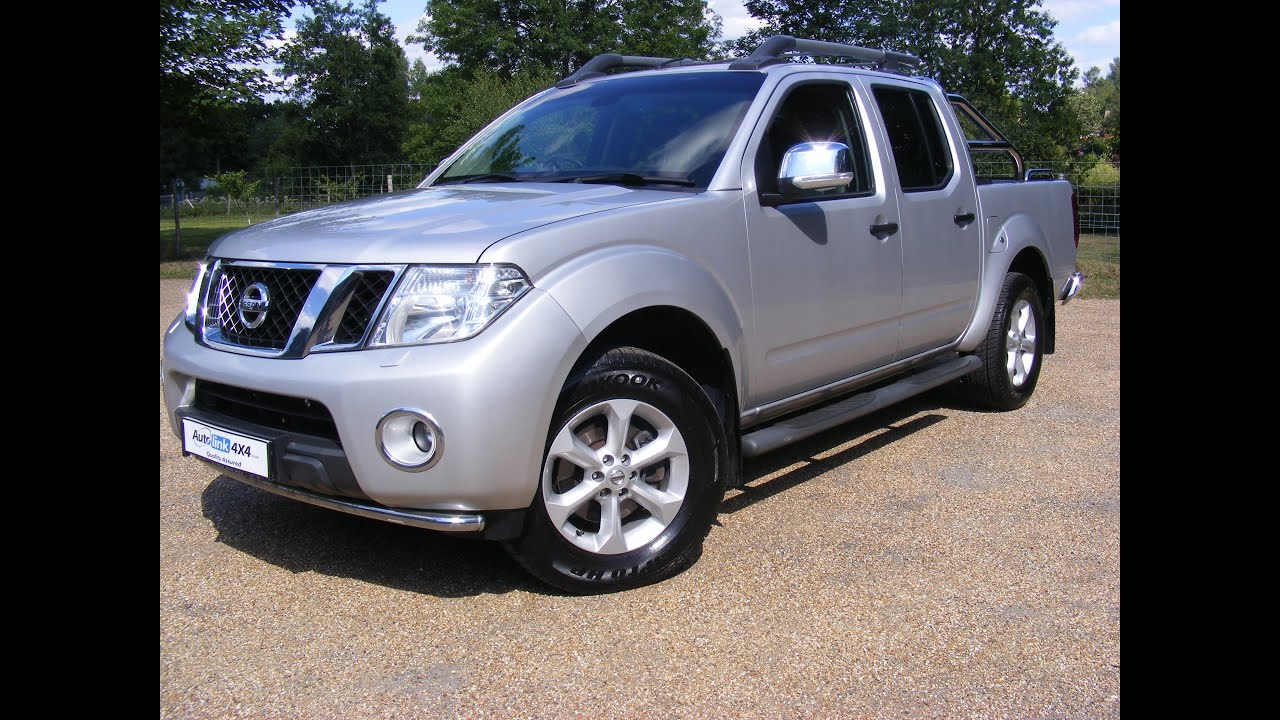 2011 Nissan Navara Tekna 2.5 DCi Double Cab Pick Up 4WD Silver for