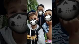 Смотреть Юмористы в масках онлайн