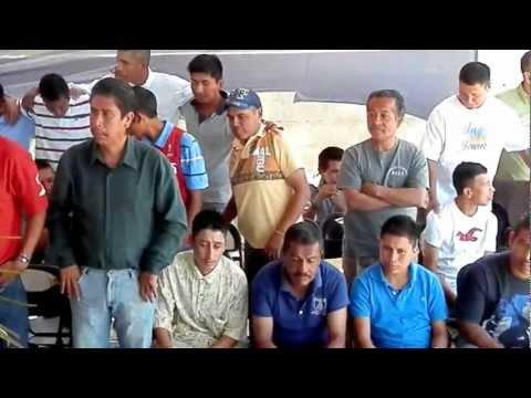 OVIDIO AGUILAR SOLA CONTRA EL MUNDO CLAMOR EN EL BARRIO