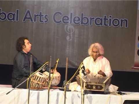 Pt.Tarun Bhattacharya & Pt Prodyut Mukherjee LIVE CONCERT/ Romamtik Santoor Tabla jugalbandi @ India