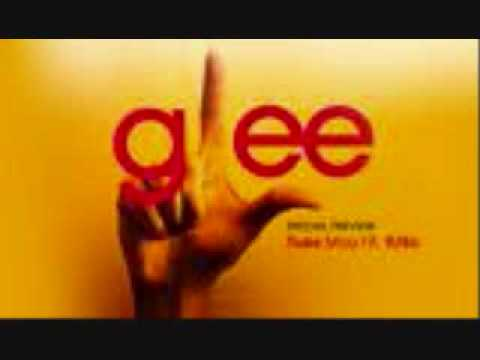 Glee- Halo / Walking On Sunshine- Girls Mashup(Studio)