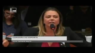 Leila Barros contra a MP-841
