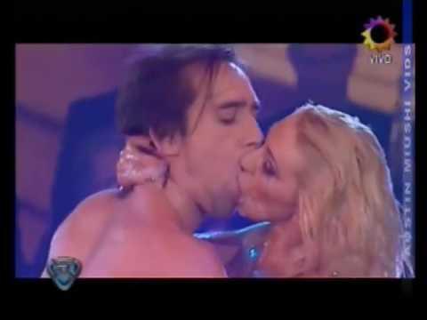 Monica Farro   Hot and sexy stripdance