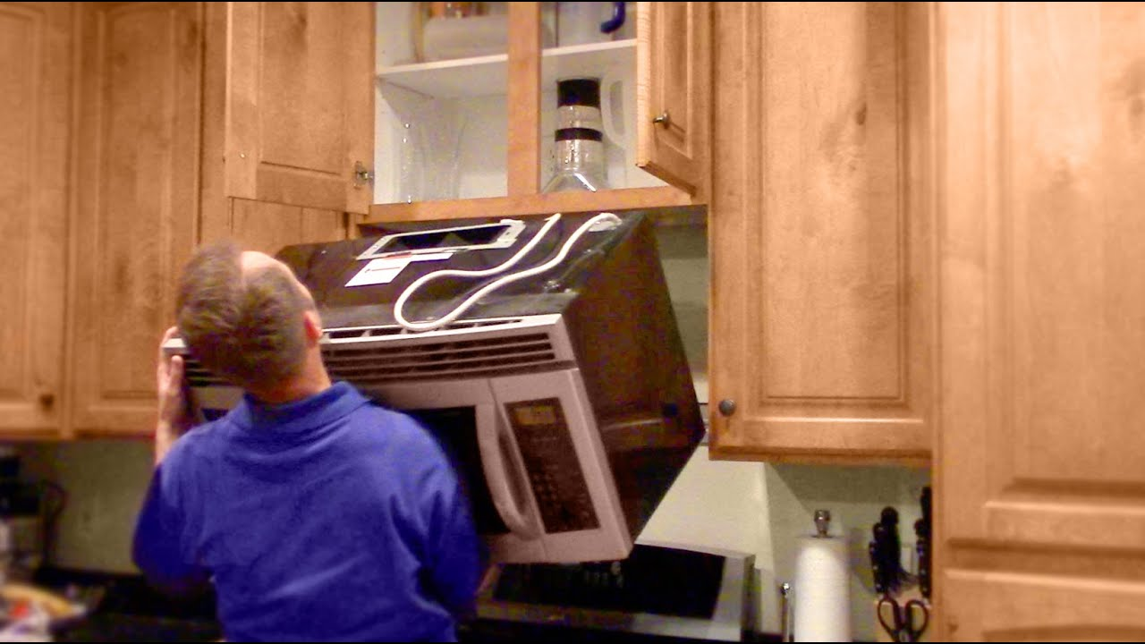 how to remove a microwave oven