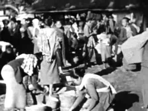 kehidupan masa lalu pulaujawa , Paku Buwono XI berSembahyang Juamat di masjit gede kasunanan