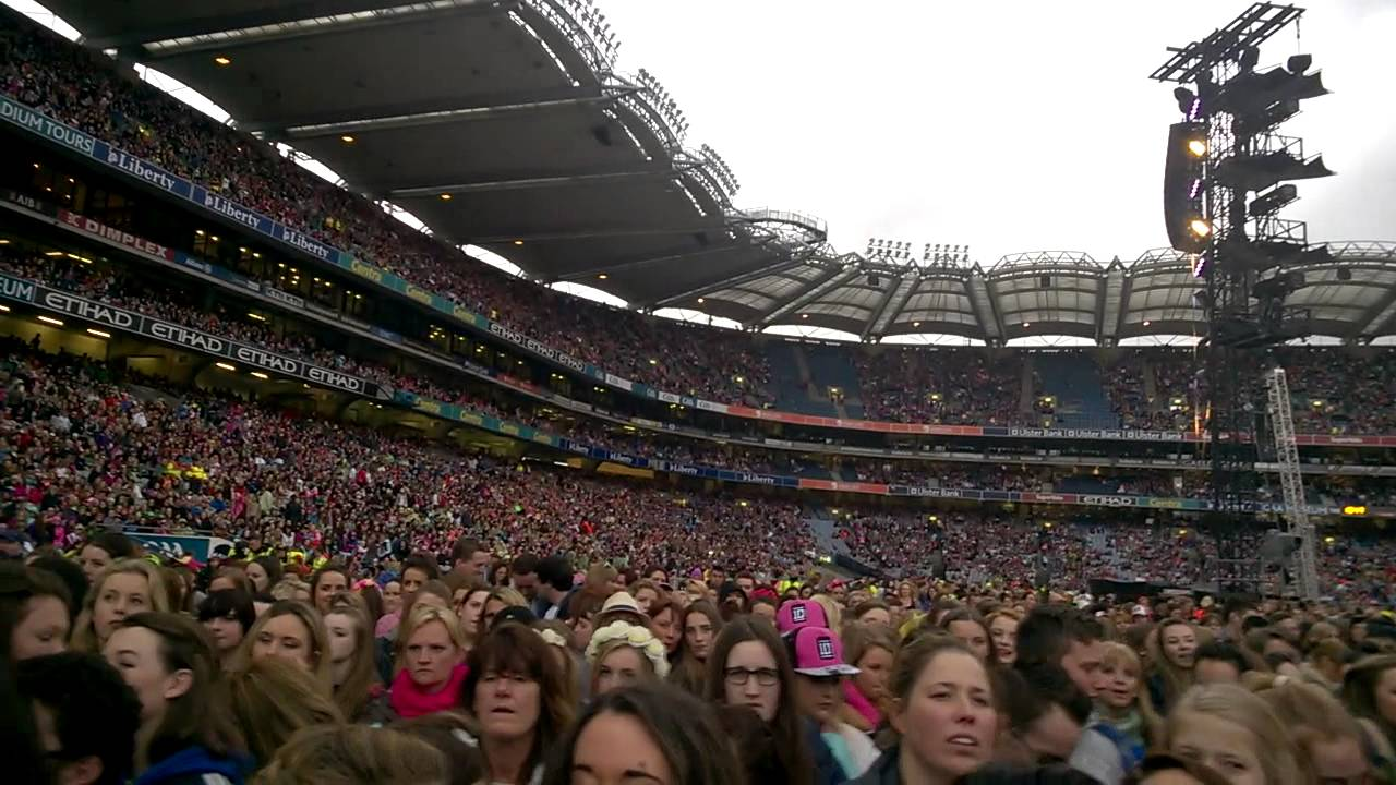 one direction croke park 2014 the lovely fans - YouTube