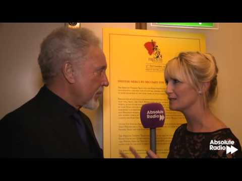 Tom Jones at the Freddie For A Day Event