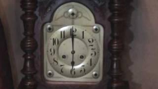 Repeat youtube video clocks