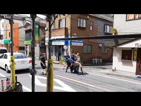 【クロネコヤマトGJ!都立大学通り魔・緊迫映像公開!】包丁男をパンチで制圧!護身のプロが語る日本警察の装備品問題について!動画内右側建物「TOKIO」!