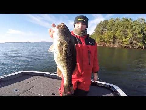 BEATING My PB Spotted Bass! + How To Fish Ditches
