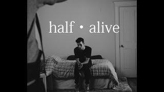 ¿Quienes son half•alive?    Blurryfake