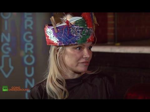 Pamela Anderson on Assange, Vivienne Westwood's Energy Revolution & US-Russian Rapprochement