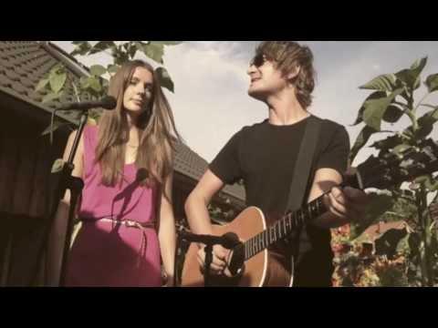 Madsen feat. Lisa Who - So cool bist du nicht - unplugged im Garten