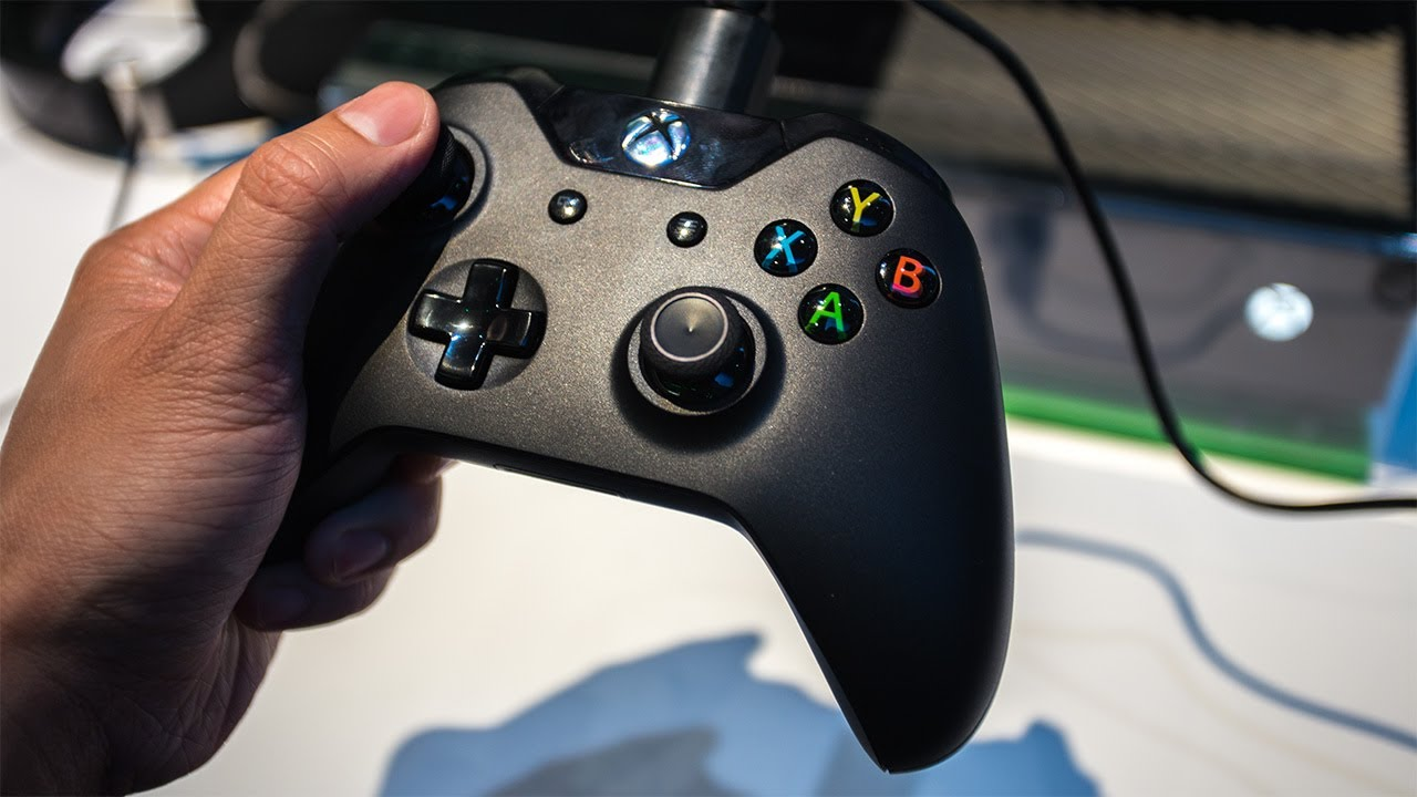 Xbox One's New Gamepad and Kinect Hands-On at E3 2013
