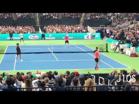 Roger Federer/Bill Gates vs Jack Sock/Savannah Guthrie