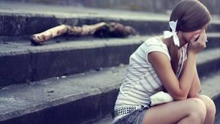 Опустел наш любимый класс \ Песня про школу и про то как грустно ее покидать ///(Всем ВЫПУСКНИКАМ 2016 - Российских школ посвящается. Отдавая тепло нам, Открывали сердца свои, Нас любили..., 2015-09-10T15:20:18.000Z)